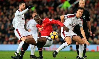 Trực tiếp Manchester United vs Burnley, 03:00 – 30/01/2019 Ngoại hạng Anh