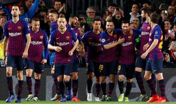Với Barca, Champions League chưa chắc đã là to