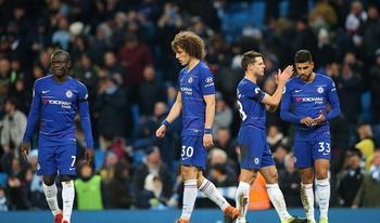 Chelsea và sự mất cân bằng ở hàng phòng ngự 4 người!