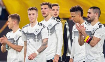 Sự đi xuống của đội tuyển bóng đá Đức