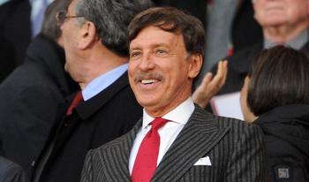 """Nhìn lại trận thua của Arsenal """"làm ơn đừng kẹt sỉ nữa ông chủ hám tiền ơi"""""""
